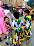 "Kids in Kashgar practicing their ""hello!"""